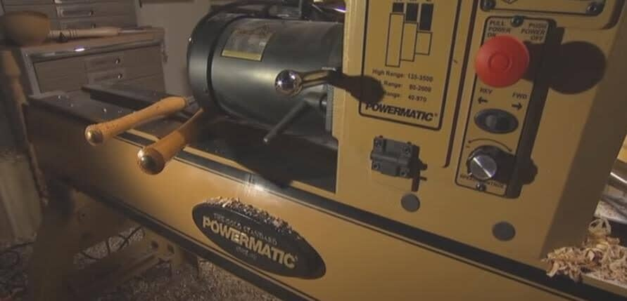 Powermatic 4424B wood lathe